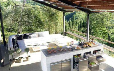 Tips Kanopi Untuk Dapur Outdoor, Cocok dengan Gaya Rumah Apapun